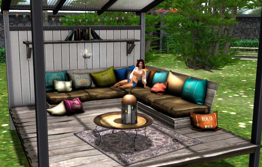 Chillin' on the patio! :blush::wine_glass: *cheers!*  My blog: ⁣https://sashasecondlife.blogspot.com